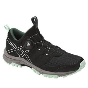 Asics Women's Trail Shoe 9.5 like new laceless